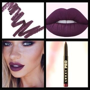 💄B1G1 Lorac Matte Lip Color